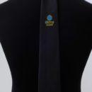 cravate de sécurité à clip personnalisée, noire + logo bleu et or sous le noeud, agents de securité