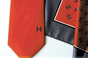 Cravate personnalisée et foulard personnalisé
