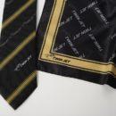 Coordonné cravate foulard en polyester, noir et or (personnel compagnie aérienne)