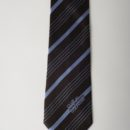 Cravate en soie avec de fines rayures, personalise au nom d'une association de golfeurs
