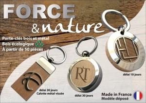 porte-clés publicitaires associant le métal et bois