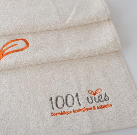 serviette coton bio brodée